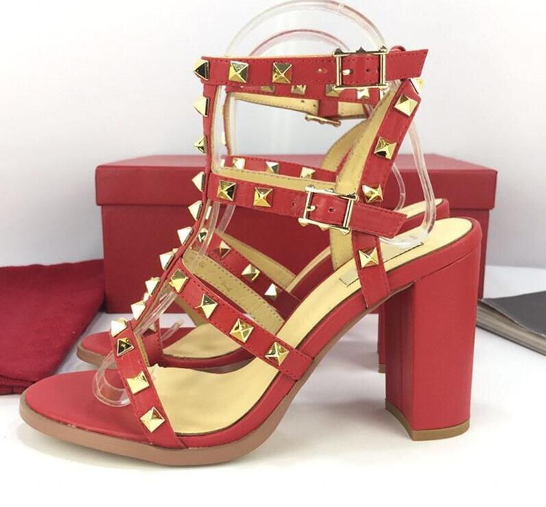 3a0a83abeb Alto De 3 Slingback Grosso Rebites Eu35 Salto Moda Do Sexy Couro V 42 1 2  Da Marca 2019 Prisioneiro Mulheres Sapatos Sandálias Senhoras ...