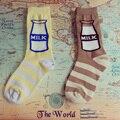 Moda Japonesa Harajuku estilo lindo botella de leche Impreso personalidad creativa de algodón a rayas calcetines de las mujeres