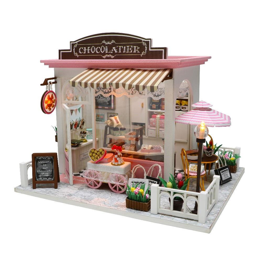 Diy casa de bonecas em miniatura com móveis de madeira casa miniaturas brinquedos para crianças ano novo presente de natal c & m