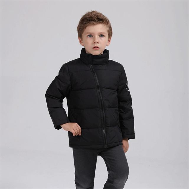 Unisex Ropa de Bebé Nuevo 2016 de Invierno Boy & Girls Casual algodón Abajo Parka Chaquetas Outwear Niños Abrigo de Moda de Los Niños Sólidos caliente