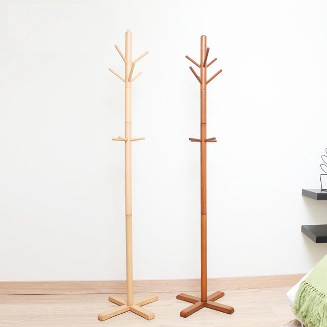 com handbags ac standing with hooks amazon dp tree premium coat pine zober free lacquered wood rack wooden
