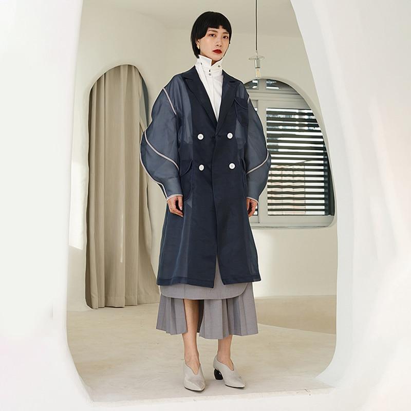 [EAM] 19 New Autumn Winter Lapel Long Sleeve Organza Split Joint Pocket Spliced Windbreaker Women Trench Fashion Tide JR448 6