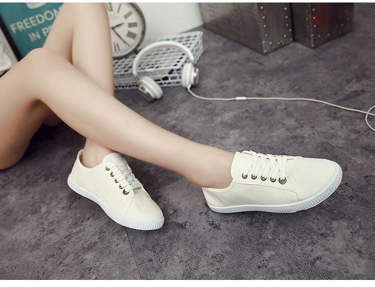 2016 original new arrival women skateboarding small white shoes low top  free shipping 870011-in Skateboarding from Sports   Entertainment on  Aliexpress.com ... 604a8383ff17