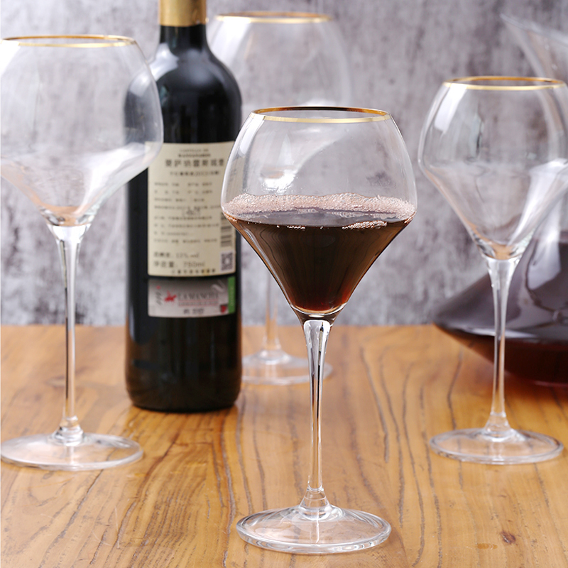 Lead free Crystal glass hand painted gold mouth crystal wine goblet Luxury Party home wedding Wine glass Dinner drinkware in Wine Glasses from Home Garden