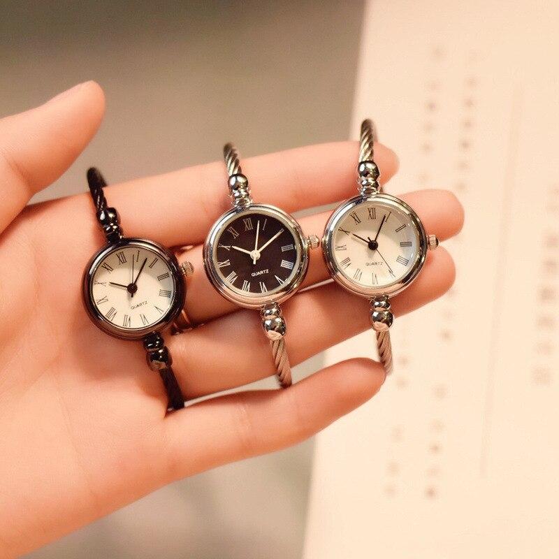 Roma Retro Bracelet Bangle Waches Women Small Temperament Design Woman Quartz Clock Ladies Wristwatches Stainless Steel Watch