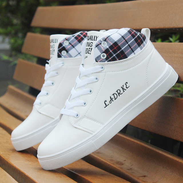 men's fashion autumn and witner trainers male white classice white high shoes man high quality pu leather shoes zapatos hombre