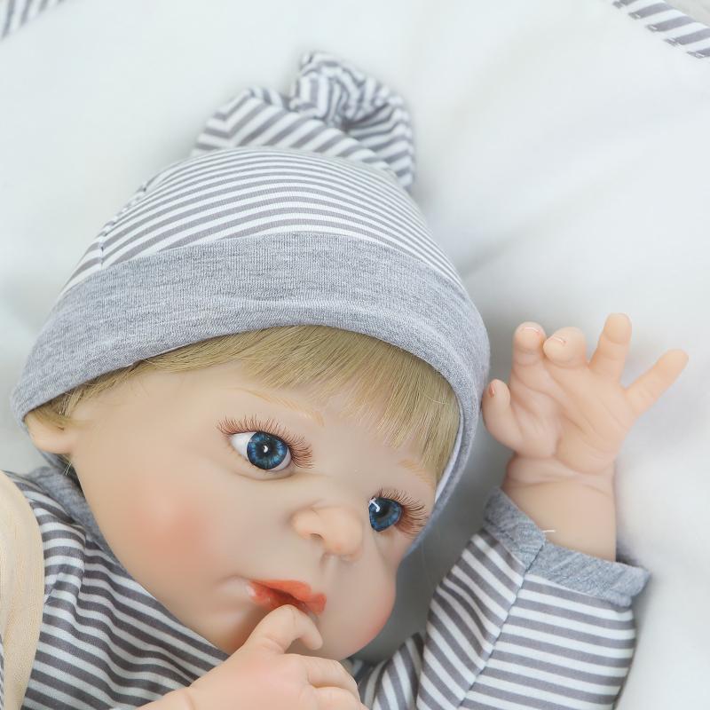 2017 تعزيز جديد تكرم reborn baby doll تولد دمية واقعية ريال اللمس الكامل الفينيل الجسم دمية للأطفال-في الدمى من الألعاب والهوايات على  مجموعة 1