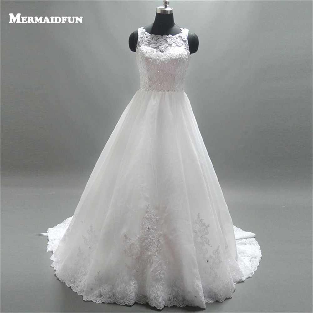 2018 A Line Scoop See Through Back Lace Appliques Beaded Long Floor Length Wedding Dresses Western Style Wedding Gown