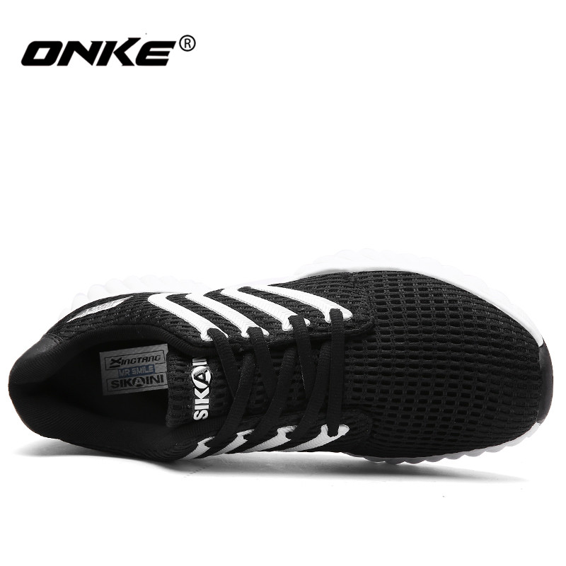 2017 Brand Men Women Running Shoes Light Mesh Sport Shoes for Man High Quality Women Sneakers Lace Up Zpatos Deportivos Hombre
