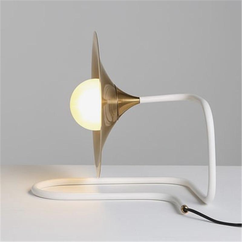 Nordic Art Morning Glory Bedside Table Lamp Warm Study Bedroom Lights Modern Horn G9 Led Lights Free Shipping цена