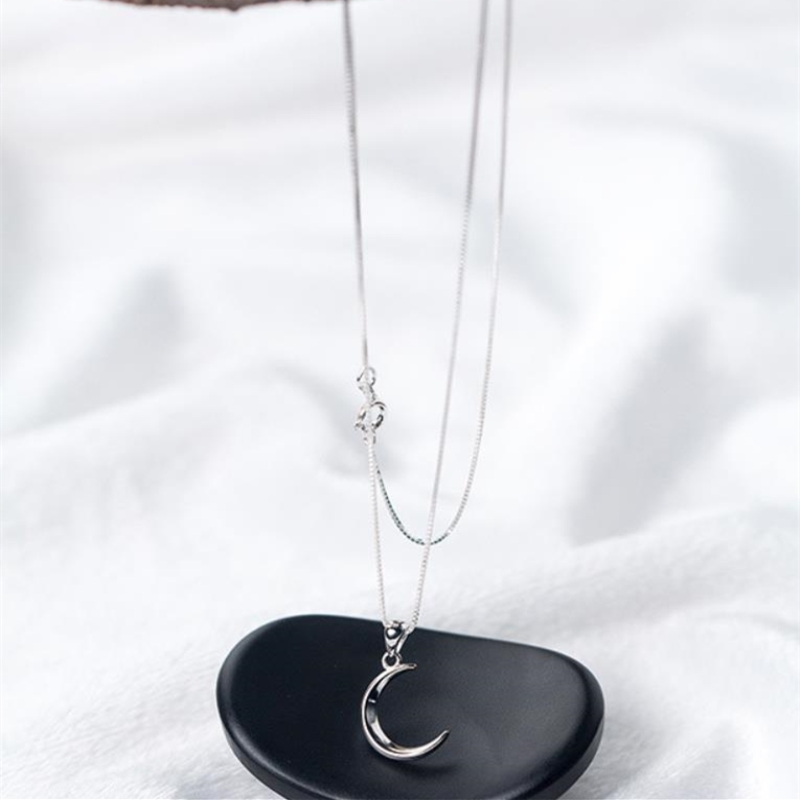 Korean Sweet Moon Short Crescent Clavicle Chain 925 Sterling Silver Temperament Personality Fashion Female Necklace SNE057
