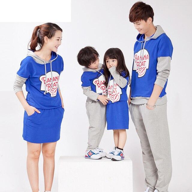 2015 мода новое семейство соответствующие одежды мать дочь платья отец и сын костюмы mae e filha печать письмо camisetas свободного покроя