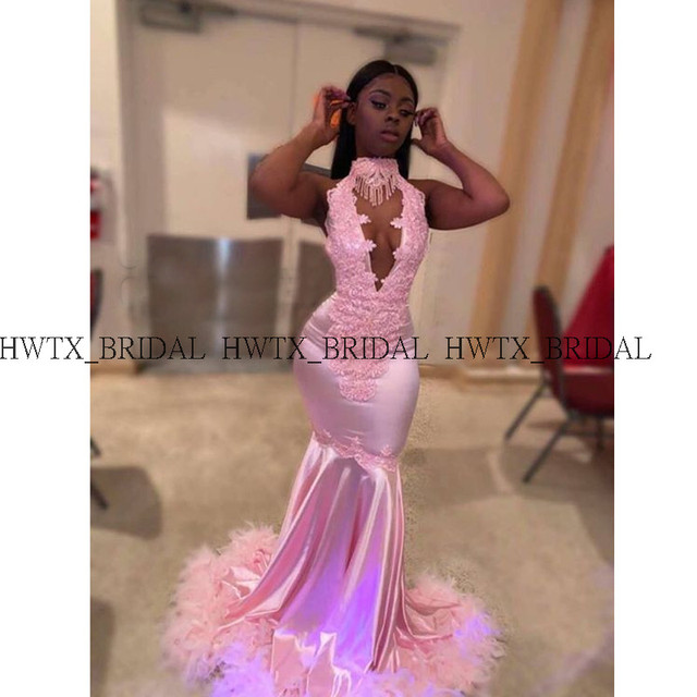 African Black Girls Pink Feathers Prom Dresses 2019 Plunging Necklines Backless Sexy Mermaid Long Prom Dress 2K19 Formal Gown 2