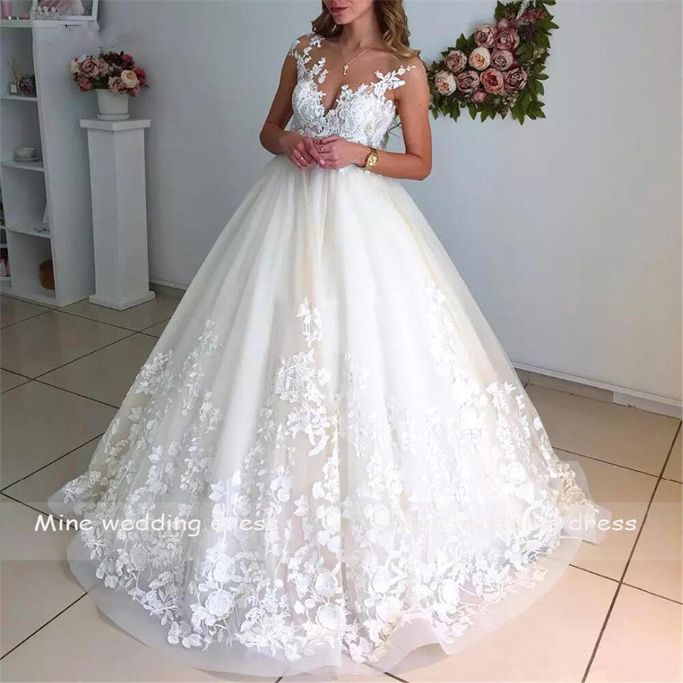 V Neck Bridal Gowns Vestido De Noiva Boho Wedding Dress 2019 Sleeveless Appliques Lace With Sweep Train Bride Dress
