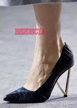 Spring Fashion Snakeskin Leather Ladies Pointed Toe Pumps Metal Triangle Heel Women Sexy High Heels Slip On Female Dress Shoes