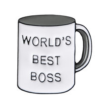 Di trasporto Del nuovo Fumetto Sveglio del Metallo Balena Animale Smalto WORLD 'S BEST BOSS Tazza Distintivo Tazza di Caffè spilla pin Per Le Donne(China)