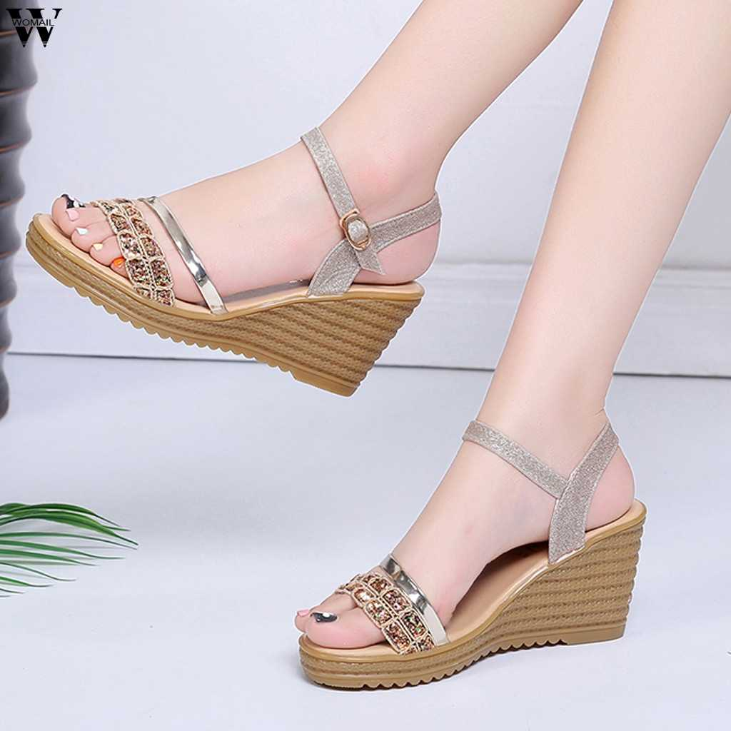 f31f15b0ab1a9 Hot Ladies Sandals Summer Casual Sandals 2019 new Style Fashion Sequins Women  Sandals Wedges Platform High