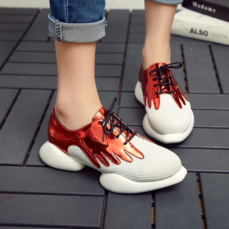 Ayakk.'ten Kadın Topuksuz Ayakkabı'de Kadın Patent Deri Patchwork Nefes Örgü dantel up Platformu Flats Marka Tasarımcı Eğlence Espadrilles rahat ayakkabılar Kadınlar'da  Grup 1
