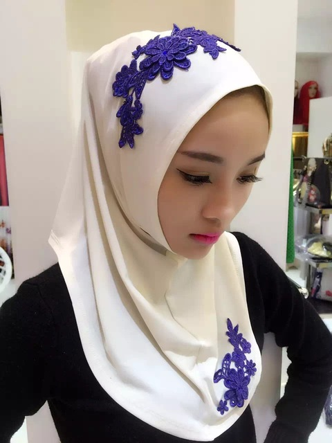 Fashion flowers women's scarf polyester high quality Turkish Indonesian muslim hijab for women headwear girl's cap
