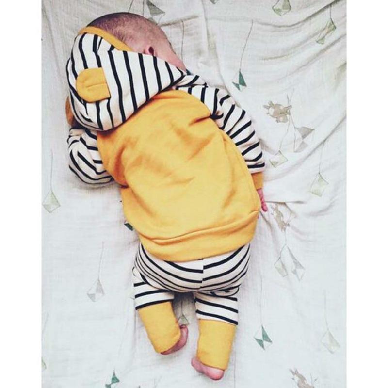 Forår nyfødte spædbørn baby drenge piger tøj sæt langærmet hættejakke + stripede bukser 2PCS baby tøjdrag 0-24 måneder