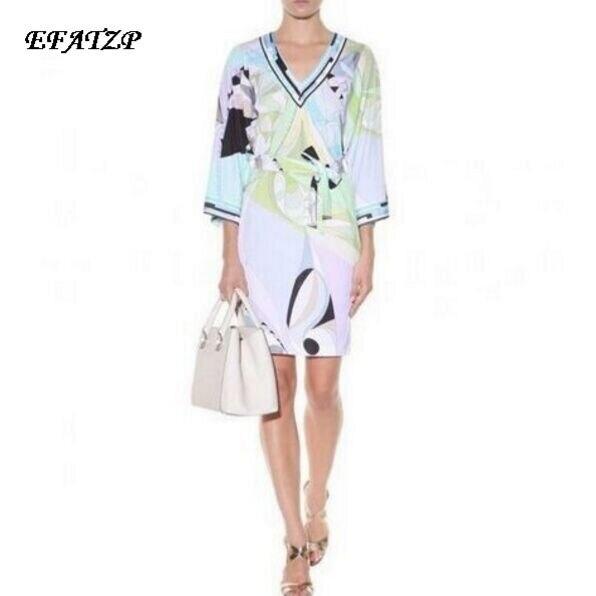 Luxus Marke Runway Kleid damen V ausschnitt Colorful Geometric Print Farbblock Jersey Silk Casual Kleid Mit Schärpen-in Kleider aus Damenbekleidung bei  Gruppe 1