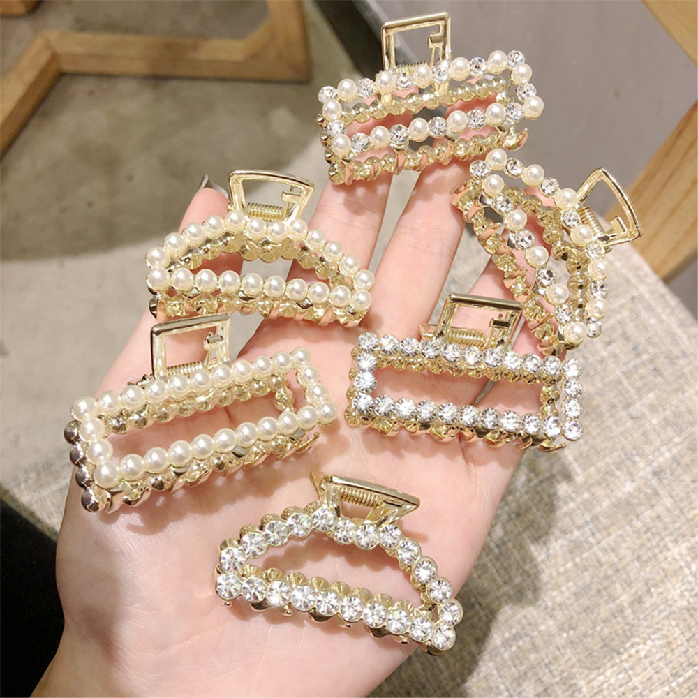 2019 Fashion Women Girls Geometric Hair Claw Imitation Pearl Hairpin Crab Moon Shape Retro Crystal Hair Clips Hair Accessories