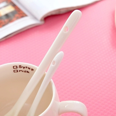 Long handle ceramic porcelain spoon Spoon Baby flavored coffee Free shipping