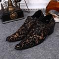 Moda de Lujo de Los Hombres de Oxford Zapatos de Cuero Genuino de Negocios Negro Zapatos de Vestir Para Hombre de La Boda Flores Brogue Zapatos Planos de Los Hombres de Gran Tamaño