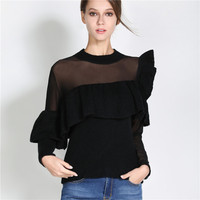 Nuovo 2017 Autunno e inverno nero tulle patchwork manica lunga maglione cuciture pizzo volant lavorato a maglia pullover abbigliamento donna