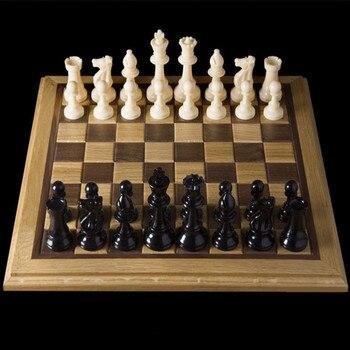 32 pièces d'échecs médiévales/plastique complet Chessmen International mot jeu d'échecs divertissement noir et blanc 64/77MM Chessman 1