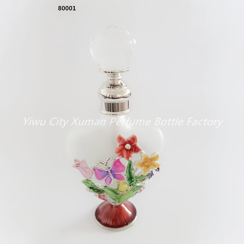 10ml Perfume Bottle Vintage Empty Refillable Bottle Graven Metal Flower Glass Empty Container Crystal Top Gift Home Decoration