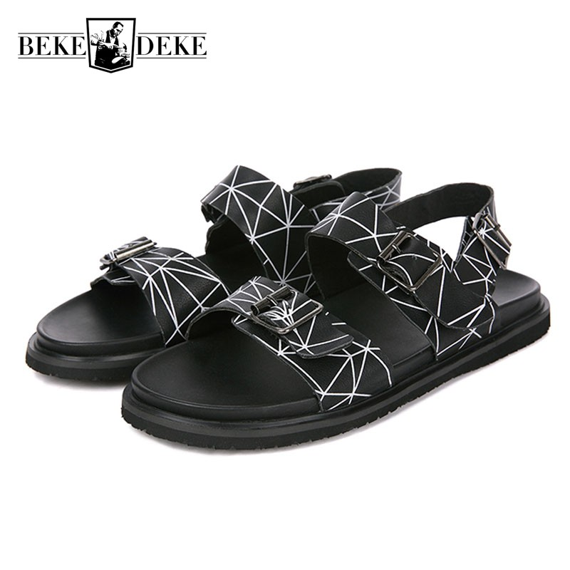 Summer 2018 New Men Sandals High Quality Leather Beach Shoes Men Designer Casual Buckle Open-toed Sandalia Masculina Slides