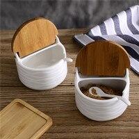 3pcs/set Ceramic Seasoning Salt Cans Spoon Bamboo Cover Pot Dish Suits The Kitchen Seasoning Box Spice Pepper Shakers Salt Pigs