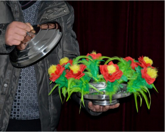 ФОТО new Fire to Flower Pan(with red flower) - Magic trick,flower magic,stage,gimmick,accessories,comedy