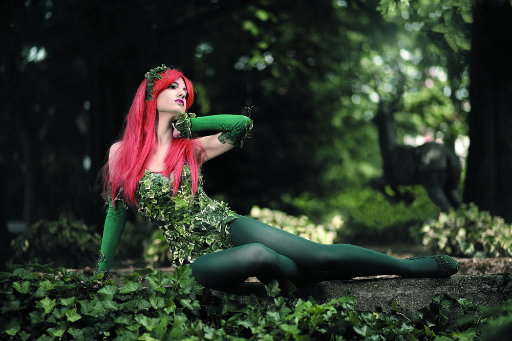 Comics Poison Ivy Cosplay Girl Pose Forest HD Sexy Girl