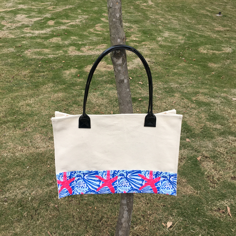 Wholesale Two Tone Canvas Tote With Crown Pattern Bottom, Summer Starfish Casual Tote With Round Leather Handle DOM1010444