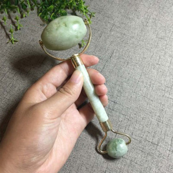 Natural Green Jade Roller Double Head Stone Roller Real Jade Massager Anti Cellulite Facial Lift Massage Tool Face Thin Slimmer 1