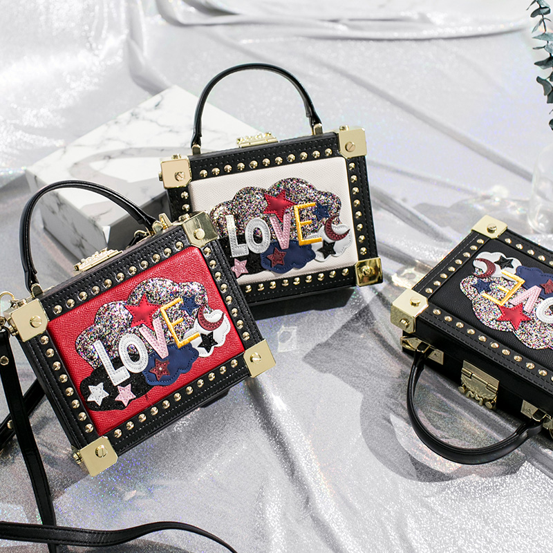 2018 new fashion shoulder Messenger portable small square bag sequins small bags letters rivet box package environmental bamboo made square small benches portable