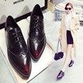 Британский стиль Мода Женская обувь Острым Носом на Шнуровке Акцентом Обувь Разделенная Кожа Старинные Квартиры Oxfords обувь Мокасины 1.9