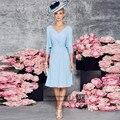 Azul elegante de La Gasa Pantalones de Traje de Novia de la Madre de la Novia con la Chaqueta Longitud de La Rodilla Con Cuentas Corto Mujeres Vestidos de Noche