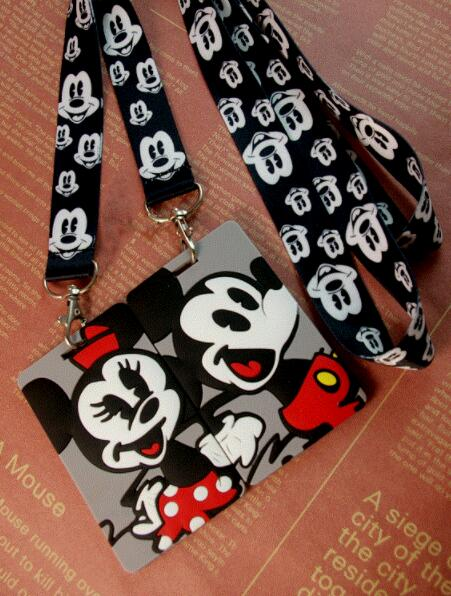 Retail  1 Pcs  Mickey Minnie   Named Card Holder Identity Badge With Lanyard  Neck Strap Card Bus ID Holders With Key Chain MQ1