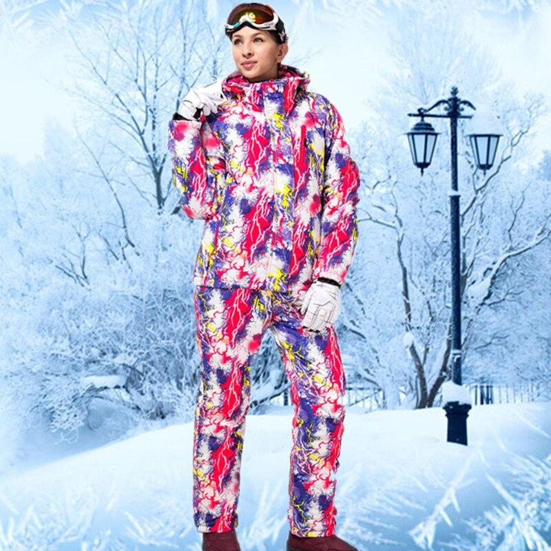 Prix pour 2016 Combinaison De Ski Féminin Combinaisons De Ski Pour Femmes Hiver Sport de Neige Vêtements De Ski Pas Cher Costume Montagne Ski Coloré Snowboard Manteau En Plein Air