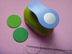 Image 3 - Gratis Verzending 2 inch Golf Cirkel EVA foam ponsen papier puncher voor wenskaart handgemaakte DIY scrapbooking craft punch machine