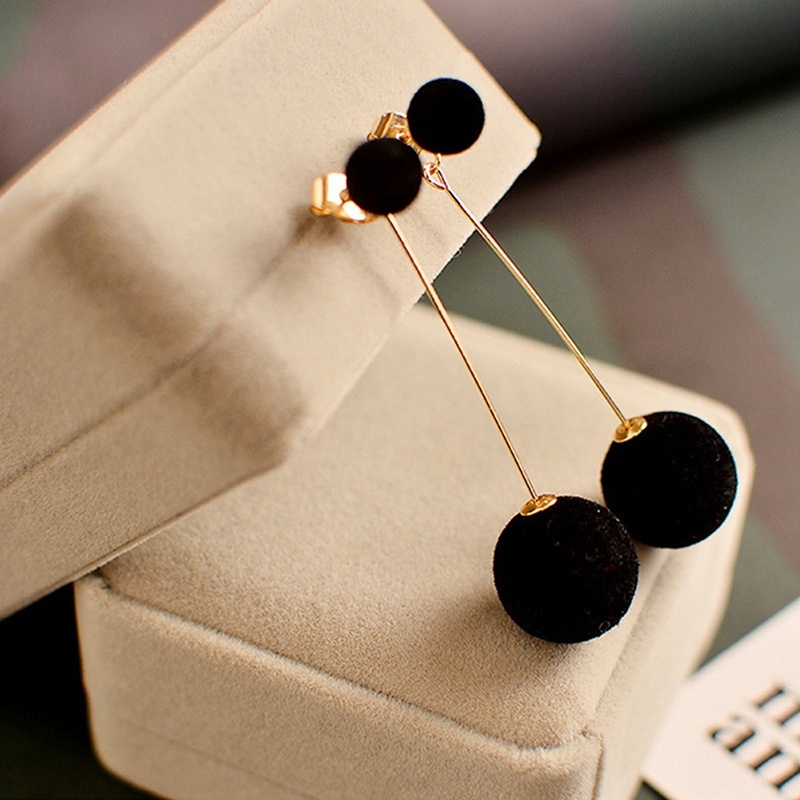 Cute Double Faux Fur Ball Dangle Drop Earrings for Women Red Black Long Oorbellen Pom Pom Pendant Earing Fashion Jewelry 5