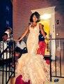 Sexy V Neck Mangas Ruffles Em Camadas de Organza Rosa Sereia Vestidos de Baile 2017 Rendas de Volta Cruz Vestidos de Festa Com Arco