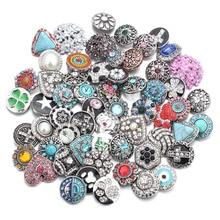 50 pcs/lot Style mixte 18mm boutons pression en métal bijoux 50 conceptions gingembre cristal Snap Fit 18mm Snap Bracelet bracelets collier