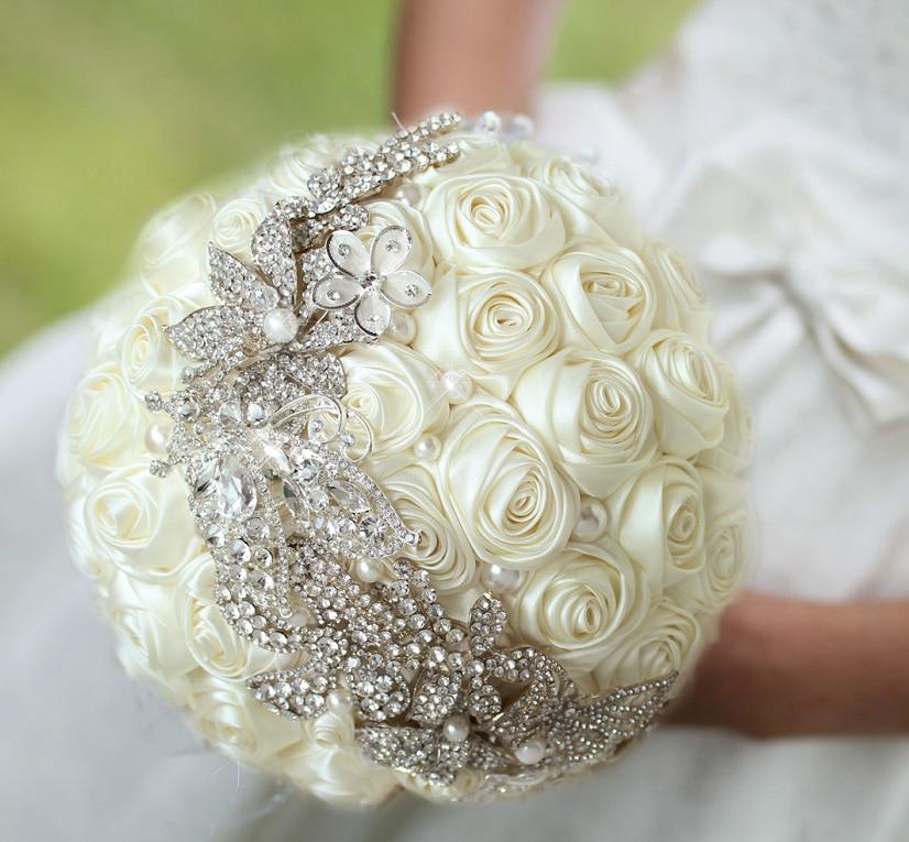 Novia libre del envío que sostiene las flores, ramo de la novia de - Accesorios de boda - foto 3
