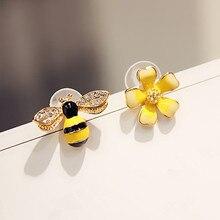 2021 Cute New Flower Bee Asymmetric Earrings Zircon Earrings Wholesale Fashion Jewelry Punk Stud Earrings For Women Girls Gift
