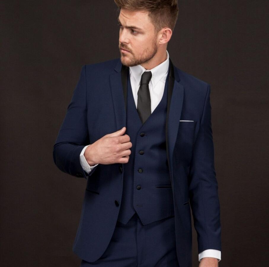 Hommes costume Slim Fit Marié Smokings Veste et Pantalon deux-pièce pour le  Mariage Bleu Foncé haute qualité Costume Sur Mesure cd6e88a11c5