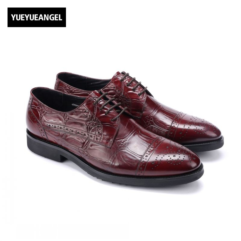 2018 New Lace Up Genuine Leather Dress Shoes Man Pointed Toe Footwear Fashion British Zapatos Hombre Vestir Brogue Wing Tip купить